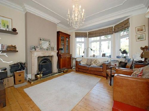 Elers road 4 bedroom house for let in ealing