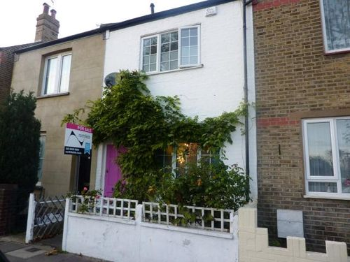Cranmer Avenue 3 bedroom house for sale